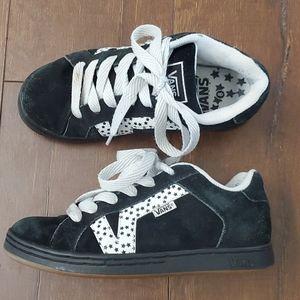 Vans LAVI White Black Chunky Skateboard Sneakers